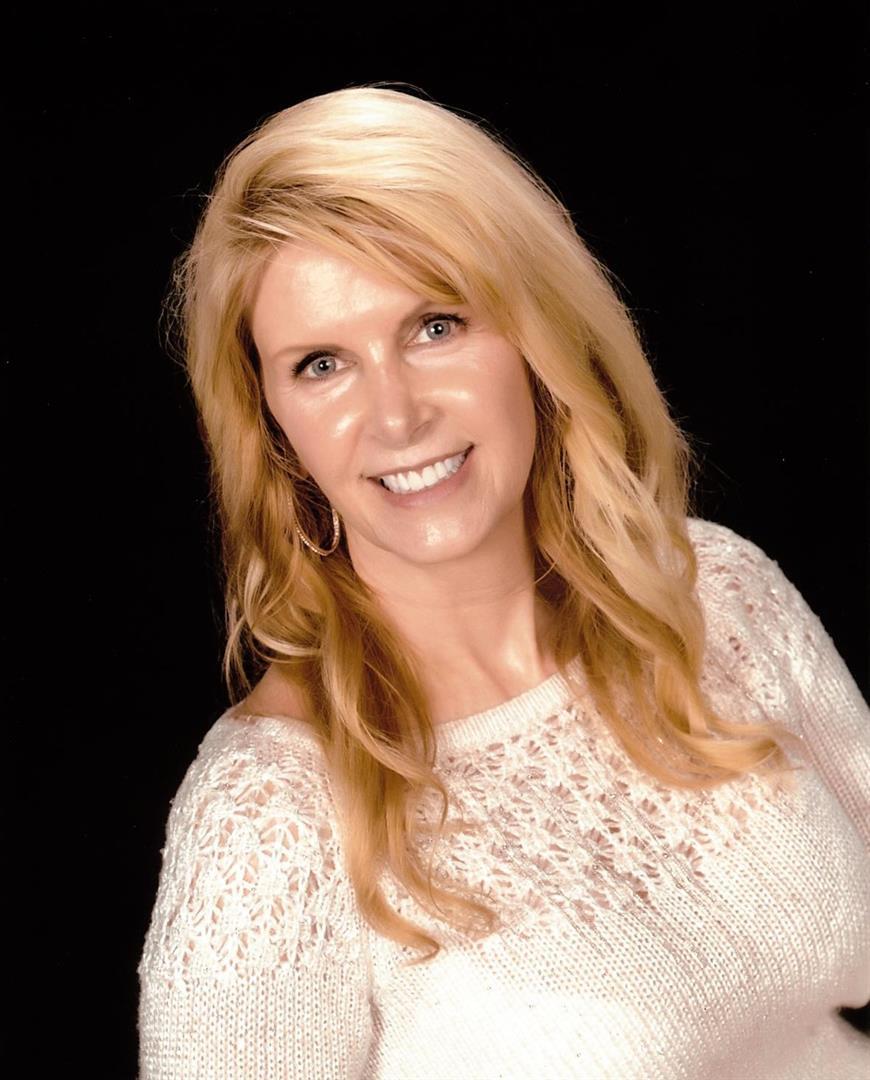 Portrait of Laurie Doerin