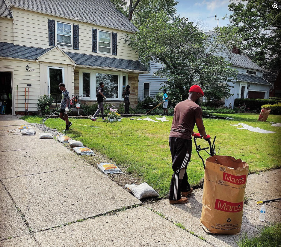 WAVE: We're A Village of Efficacy program