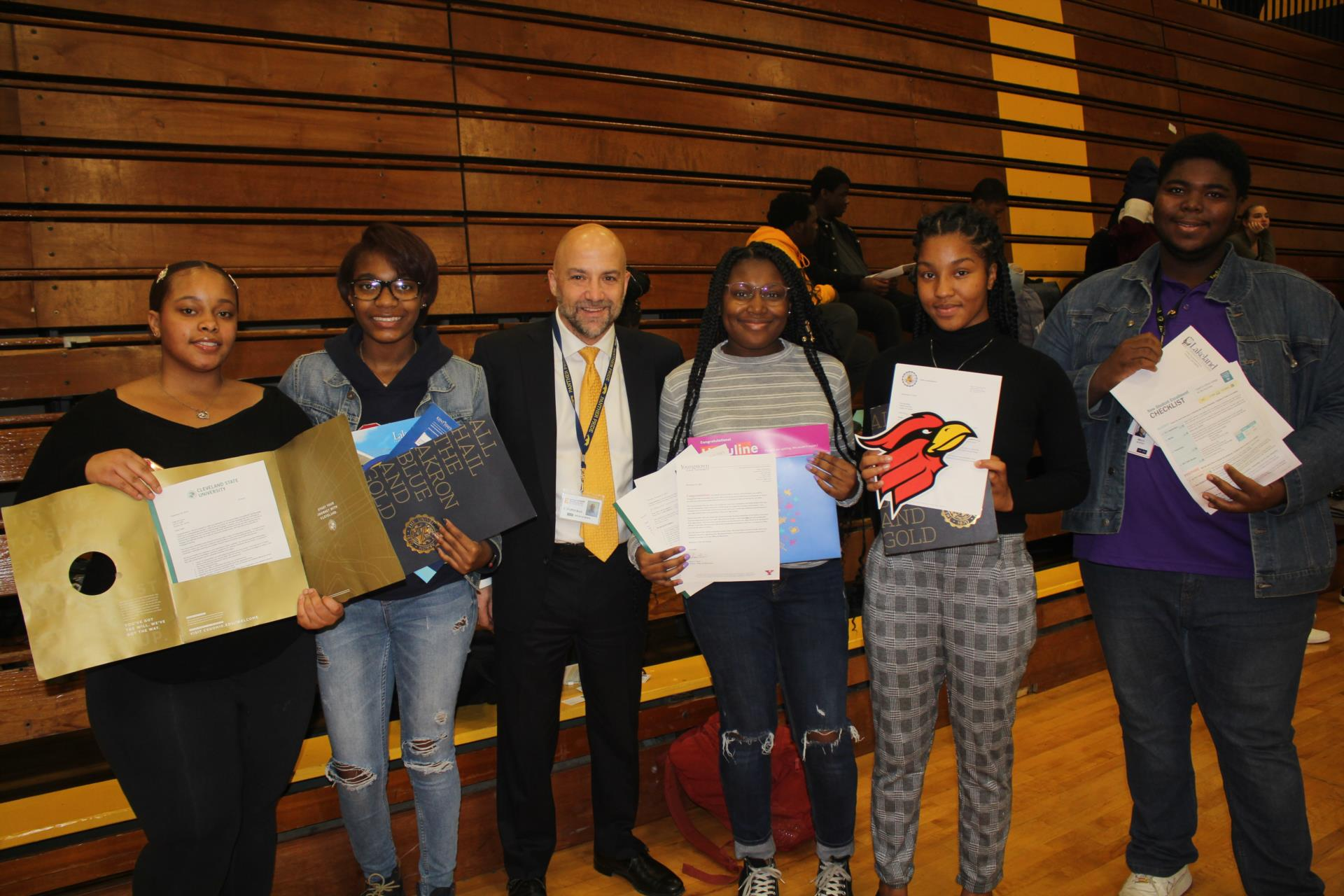 Superintendent and students at College Application Day