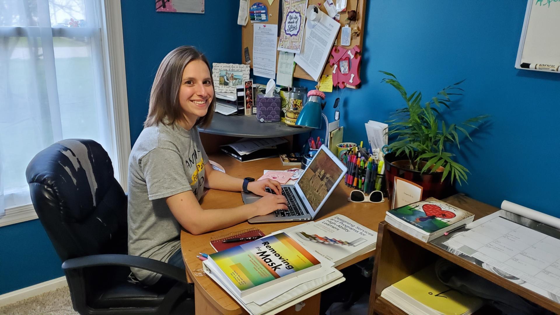 Teacher Becca Simmons
