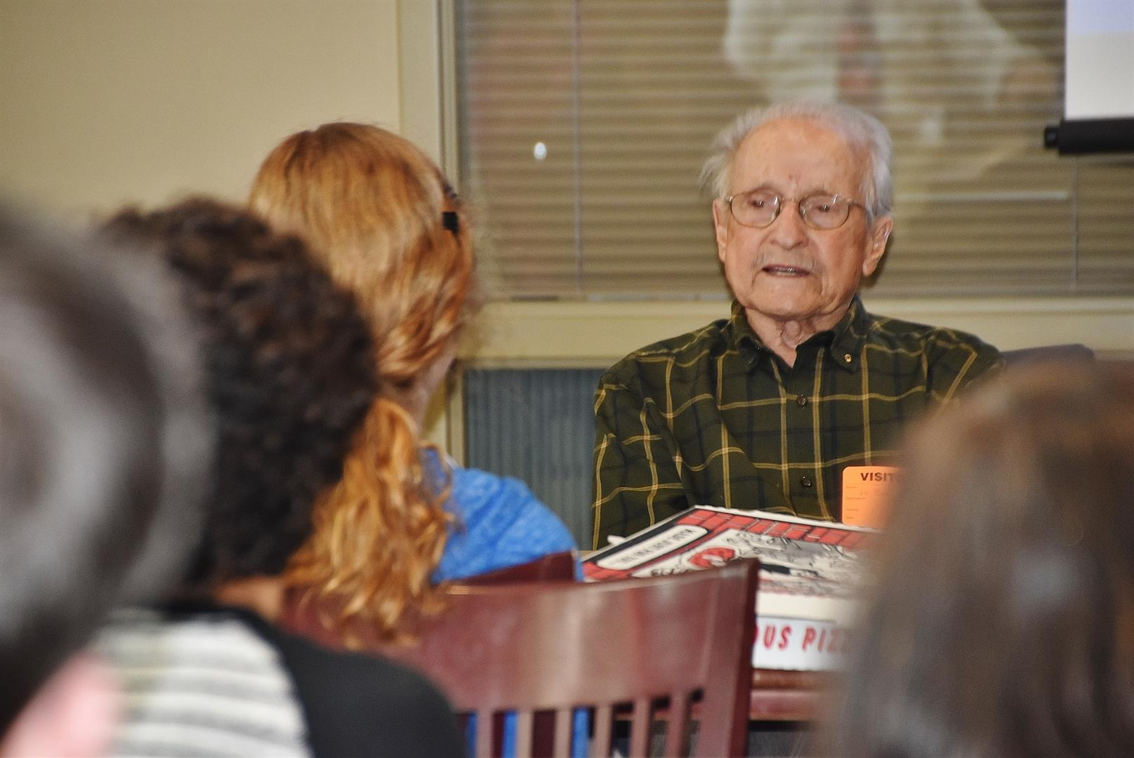 Holocaust Survivor speaks to OHS students