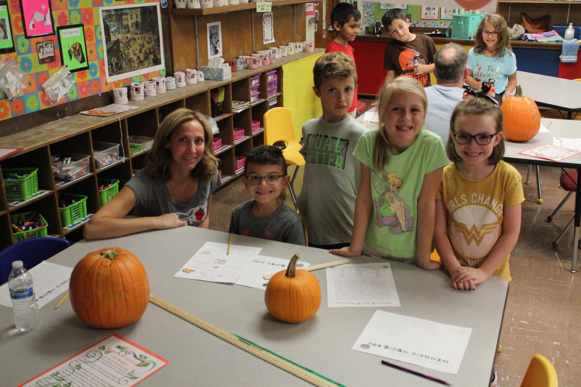 Chippewa students at Pumpkin Mania