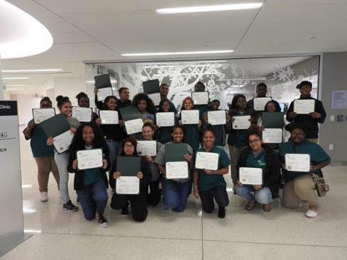 WHHS juniors complete aspiring doctors program