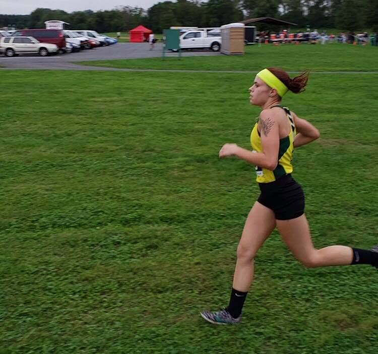 Hailey Christman track runner