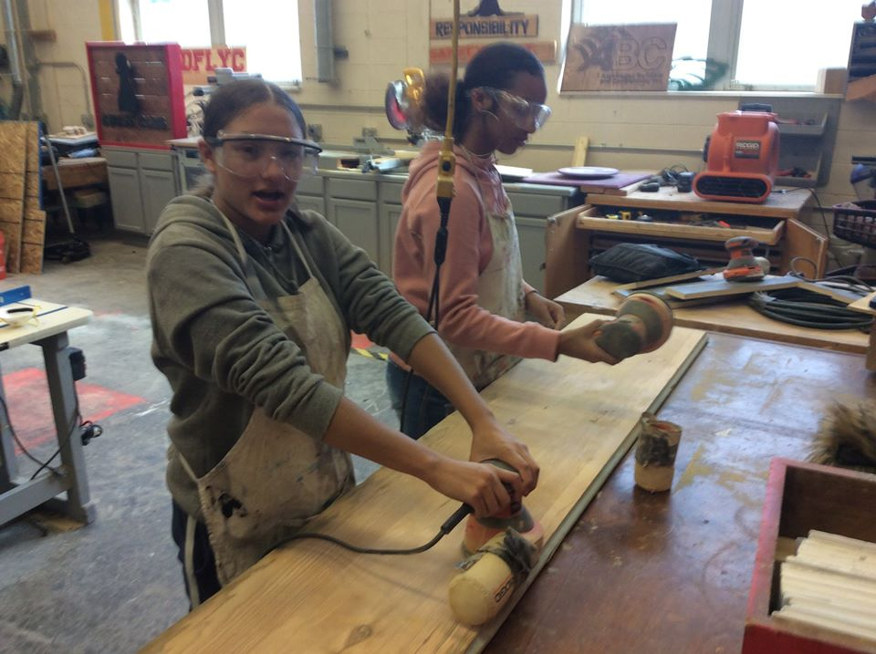 gIRLS IN wood shop
