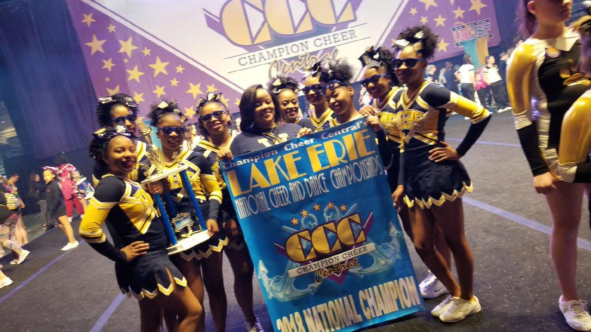 WHHS Cheerleaders